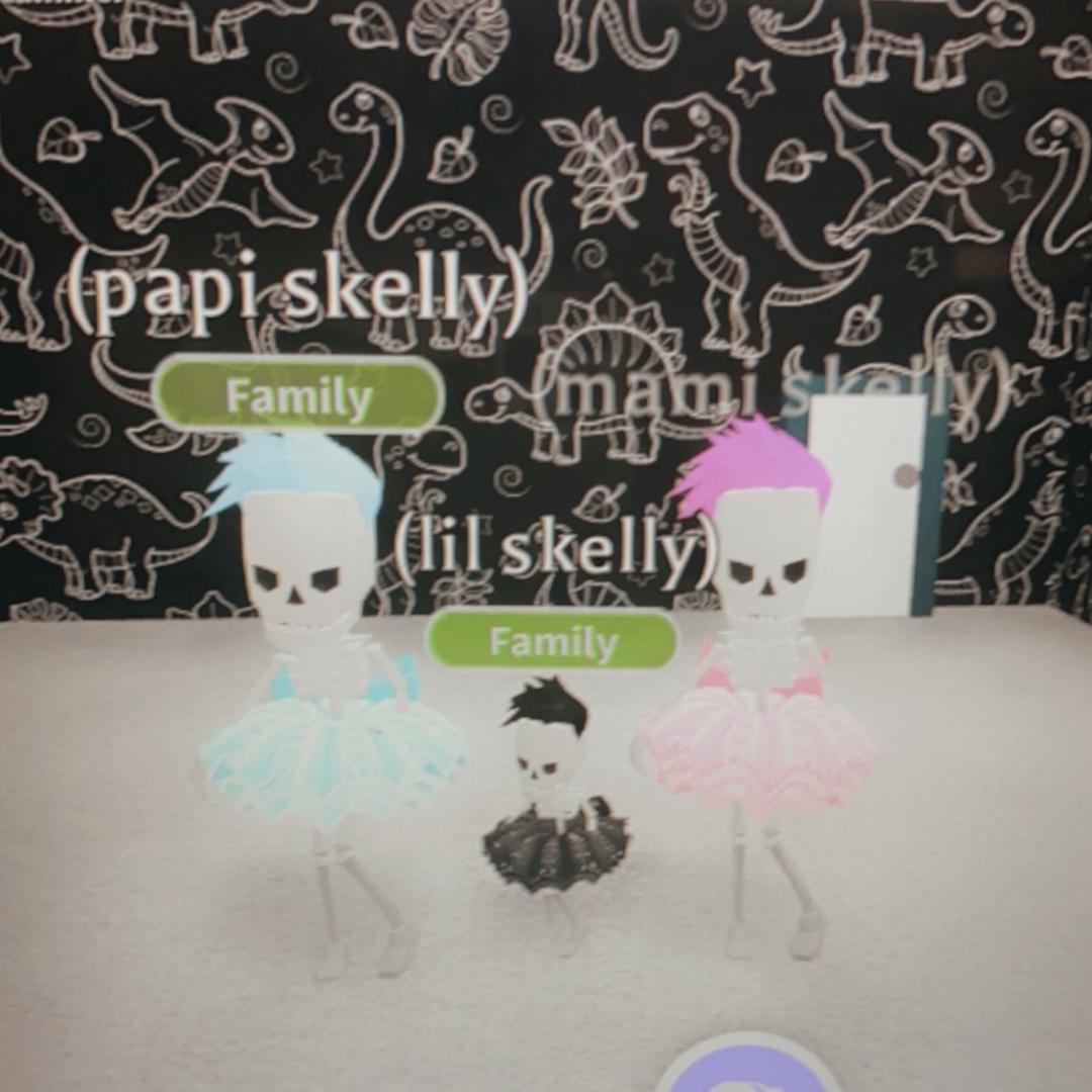 ❤️Skelly Family💀