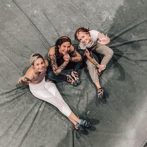 @climbingwithb00bs - Rachel, Katie, & Ally