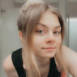Twin1_Jess
