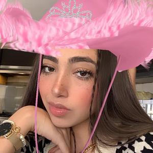 Rosalinda Salinas