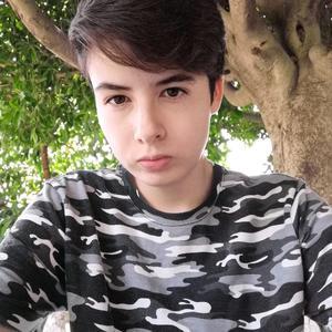 Nathan Santillán