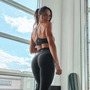 @makaylaanisa - Makayla Anisa